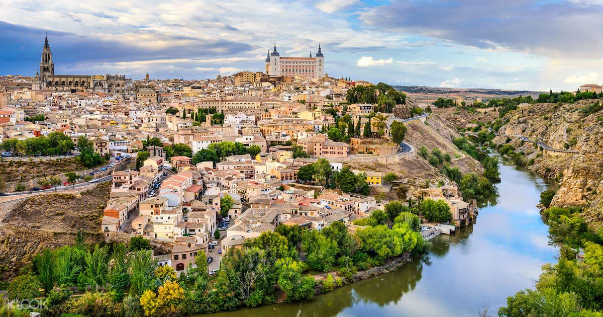 Toledo and Segovia Full Day Tour from Madrid