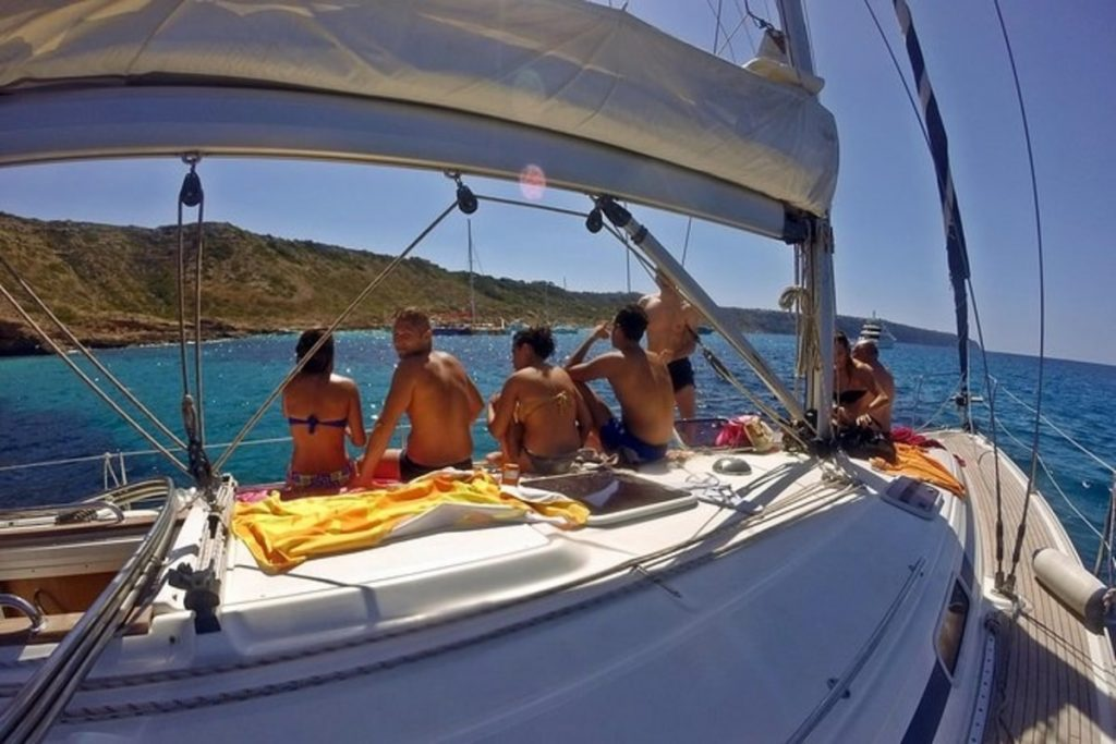 Guests enjoying a sailing tour in Palma