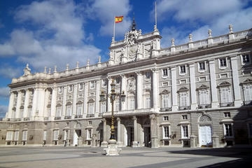 Royal Palace in Madrid Tours & Tickets (Skip Queues)